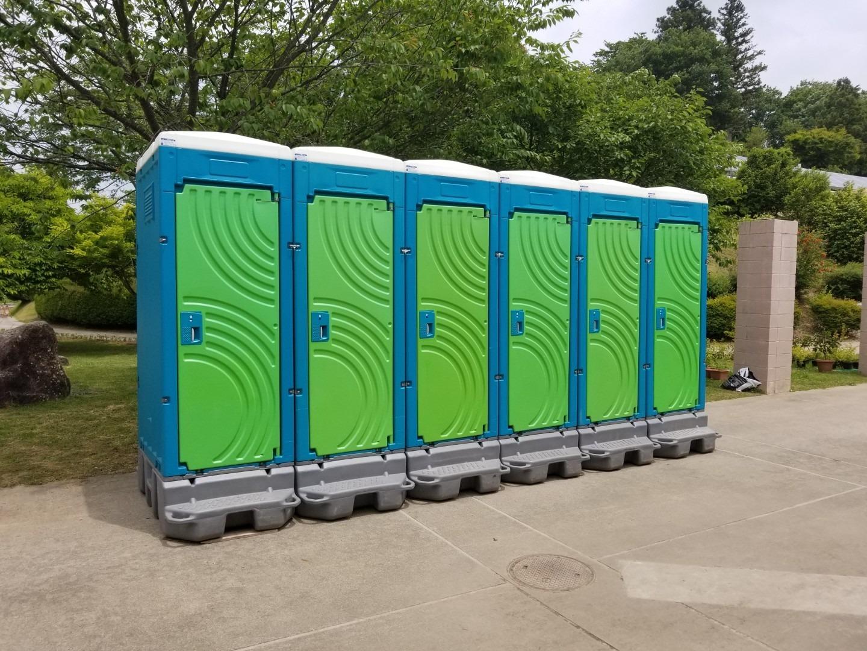 仮設トイレ 福島県郡山市イベント 現場仮設トイレすべて丸洗いできれいです