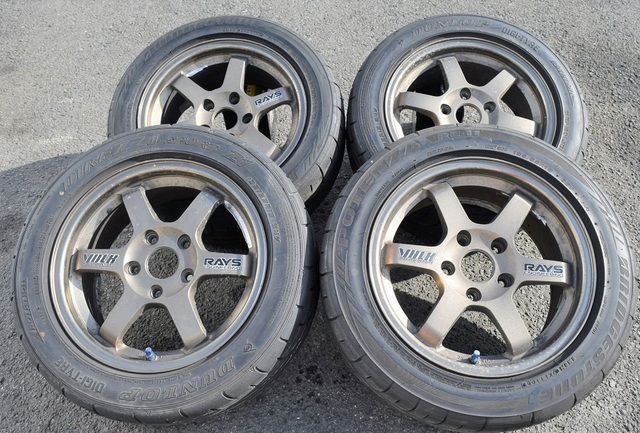 RAYS ボルクレーシングTE37 15×6.5J+30PCD114.3×5H(希少品)
